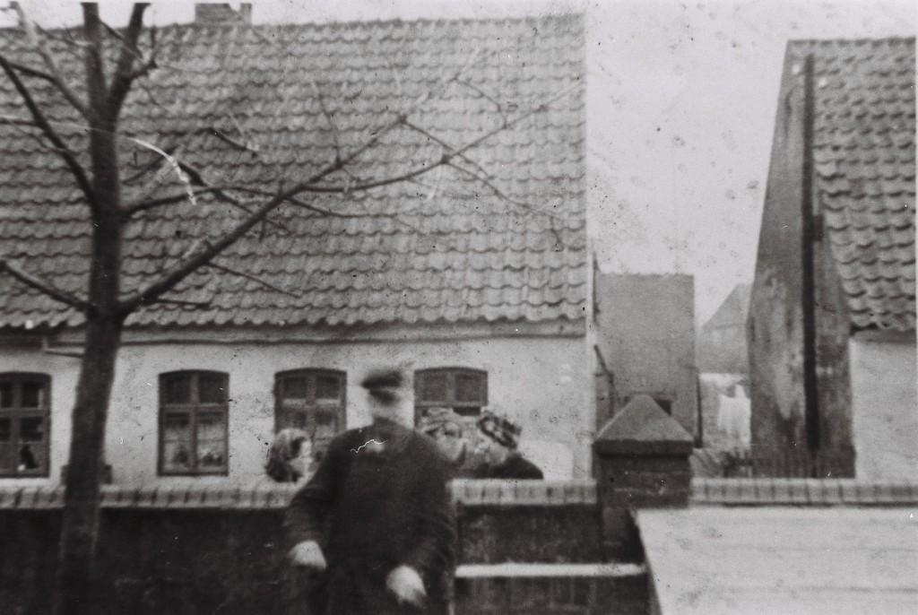 Mauer am Haus von Lampen-Meier, Arster Heerstraße