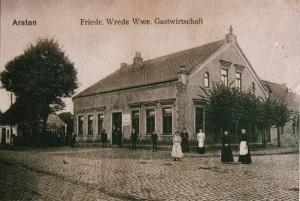 Postkarte der Gaststätte Friedrich Wrede Wwe. (Witwe) an der Ecke Arster Heerstraße/ Arster Landstraße um 1900