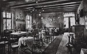 Saal der Gaststätte Bollmann um 1920 - Postkarte