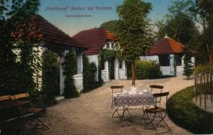 Gartenhäuschen im Korbhaus-Garten - Postkarte 1920er